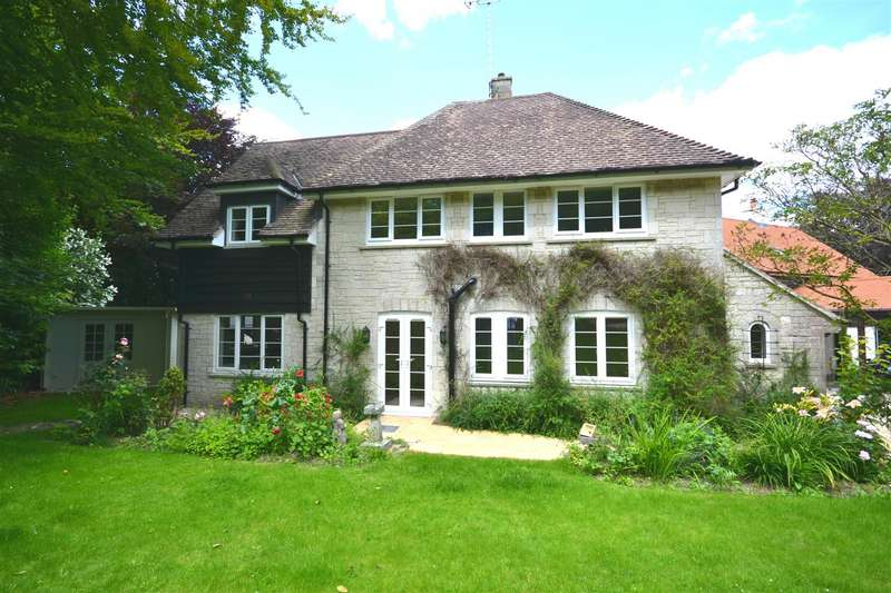 4 Bedrooms Detached House for sale in Chalky Road, Broadmayne, Dorchester