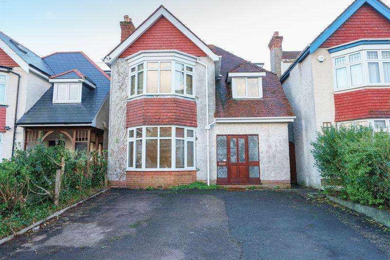 4 Bedrooms Detached House for sale in Guildhill Road, Southbourne, Bournemouth