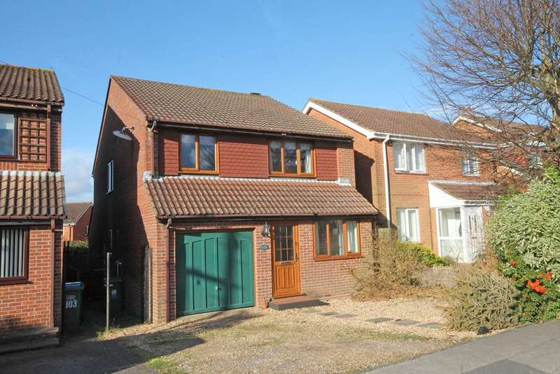 4 Bedrooms Detached House for sale in Abshot Road, Titchfield Common PO14