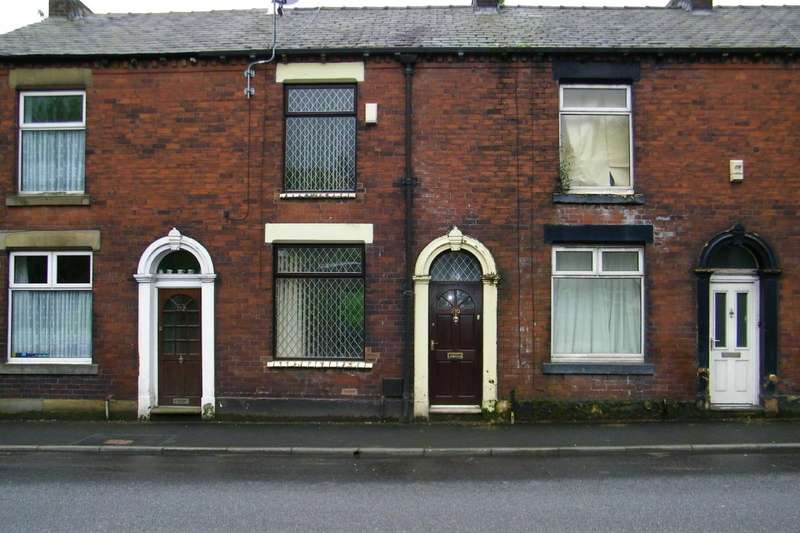 2 Bedrooms Terraced House for rent in Oldham Road, Springhead, Saddleworth, Oldham, OL4