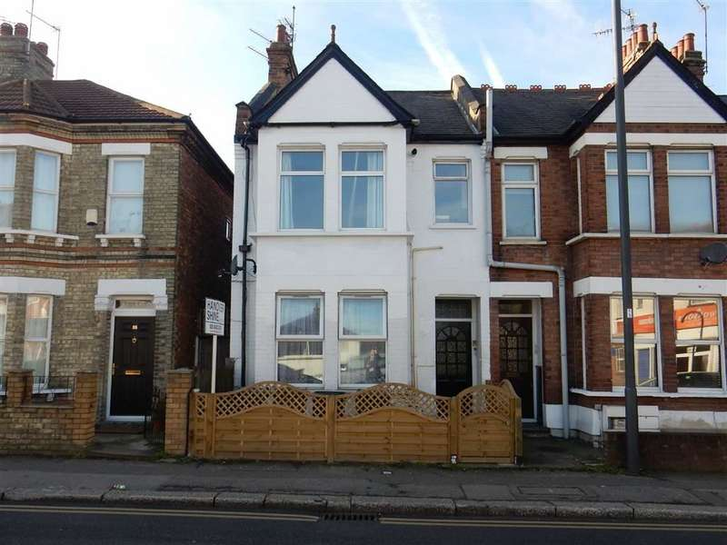 2 Bedrooms Flat for sale in Headstone Road, Harrow, Middlesex