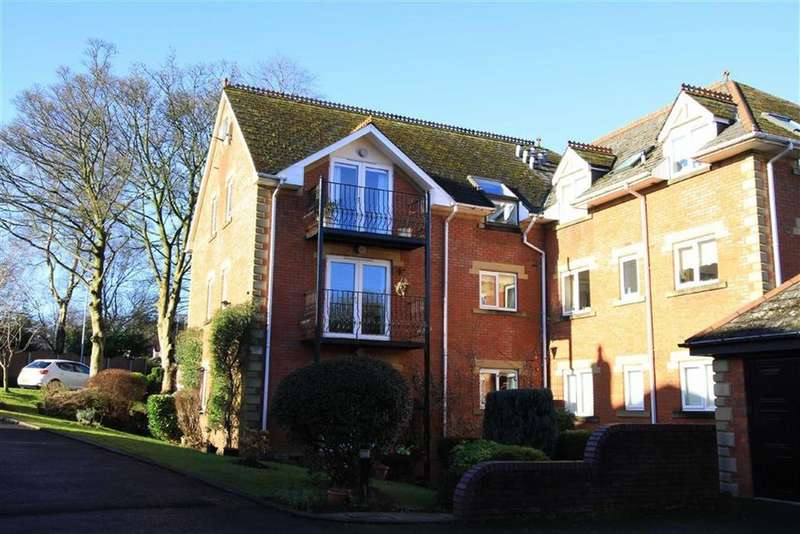 2 Bedrooms Retirement Property for sale in Clarence House, 8, Pegasus Court, Oakenrod, Rochdale, OL11