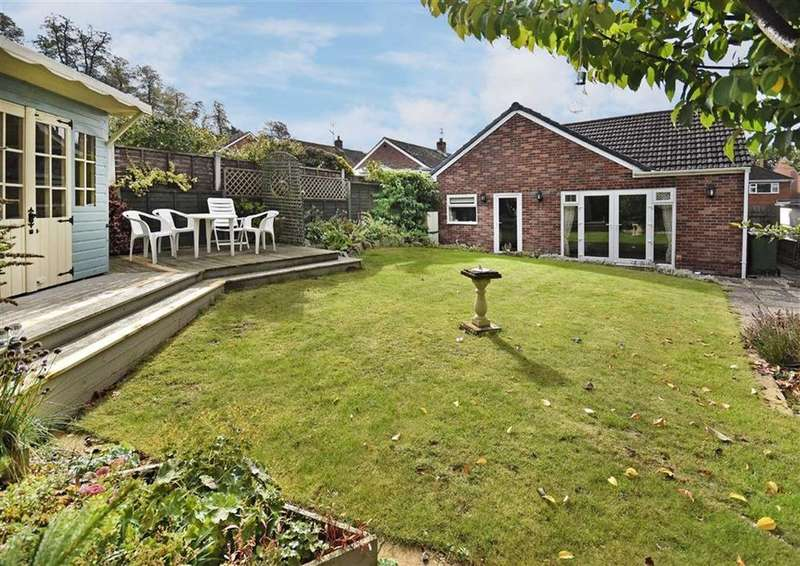 3 Bedrooms Detached Bungalow for sale in 3, St James Drive, Low Town, Bridgnorth, Shropshire, WV15