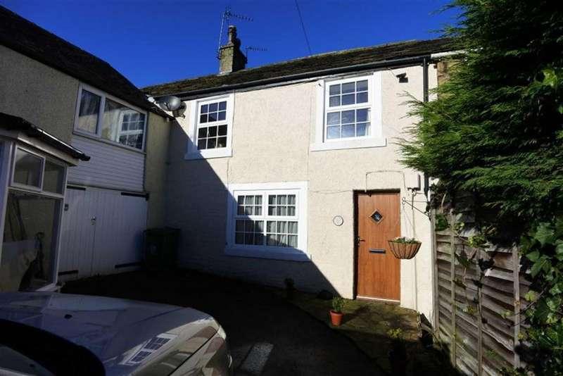2 Bedrooms Terraced House for rent in Church Lane, Shepley, Huddersfield, HD8
