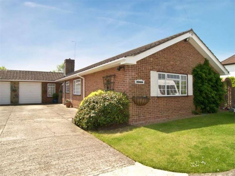 3 Bedrooms Detached Bungalow for sale in Church Road, Hartley