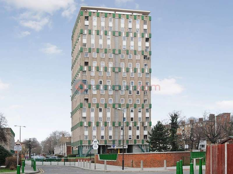 2 Bedrooms Flat for sale in Mace Street, Bethnal Green E2