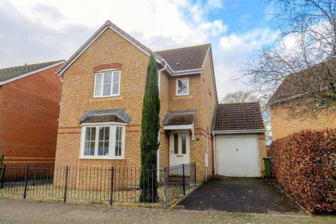 3 Bedrooms Detached House for sale in The Shaulders, Taunton TA2