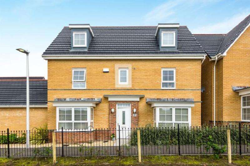 5 Bedrooms Detached House for sale in Horizon Way, Loughor, Swansea, Swansea.