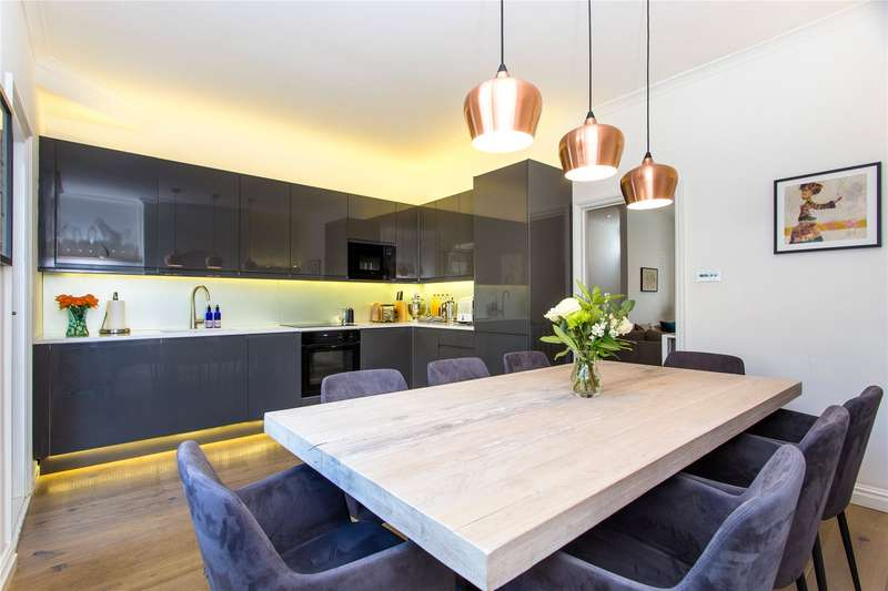 3 Bedrooms Terraced House for sale in Knivet Road, Fulham, London, SW6