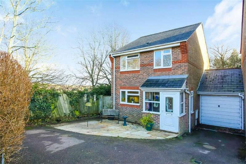 3 Bedrooms Detached House for sale in The Martlets, South Chailey
