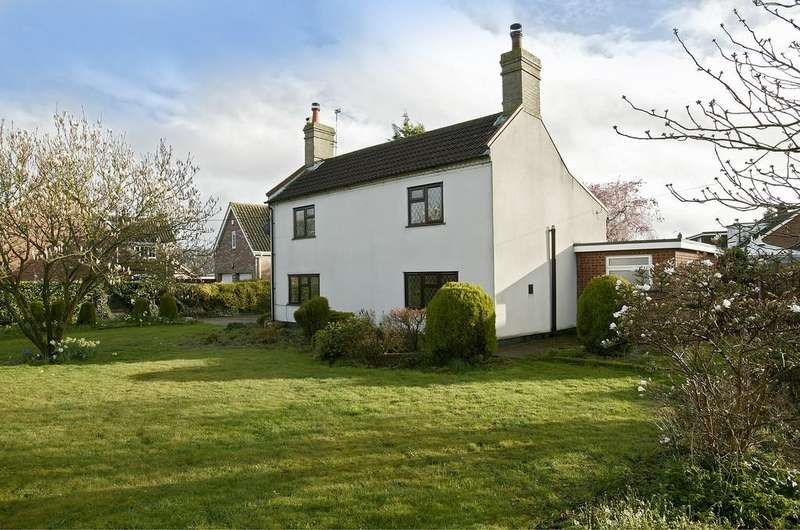 4 Bedrooms Detached House for rent in Mill Road, Little Melton
