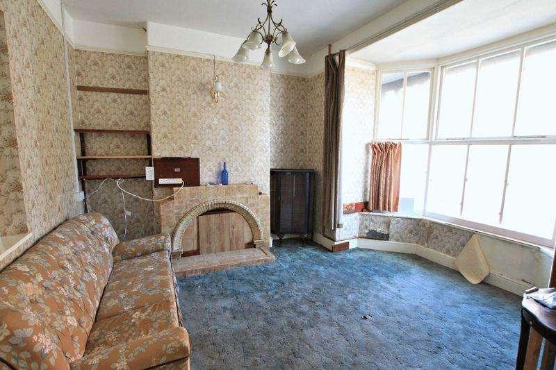 3 Bedrooms Terraced House for sale in Bethesda, Gwynedd