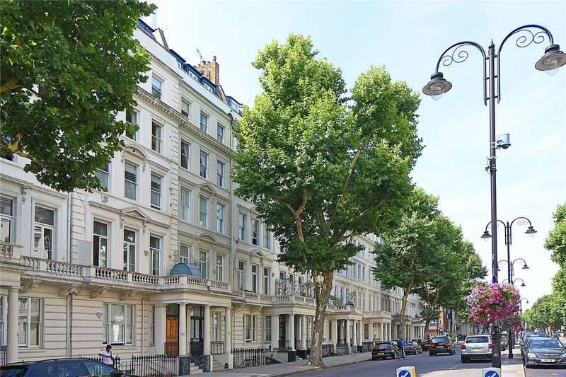 3 Bedrooms Flat for sale in Queens Gate, South Kensington, London, SW7