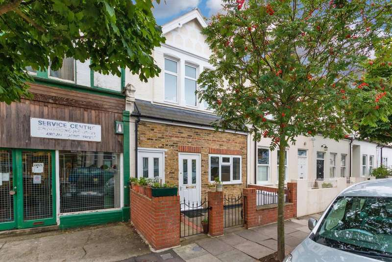 2 Bedrooms Apartment Flat for sale in Brookwood Road, London, SW18