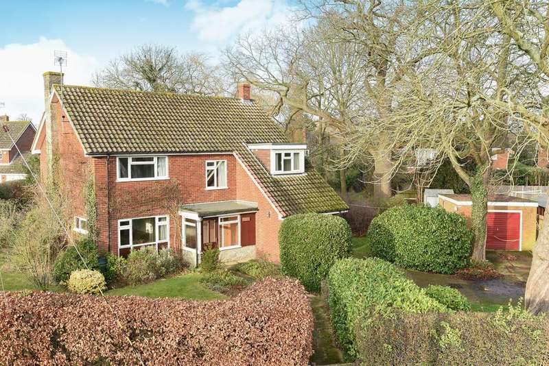 4 Bedrooms Detached House for sale in Wheeler Street, Headcorn