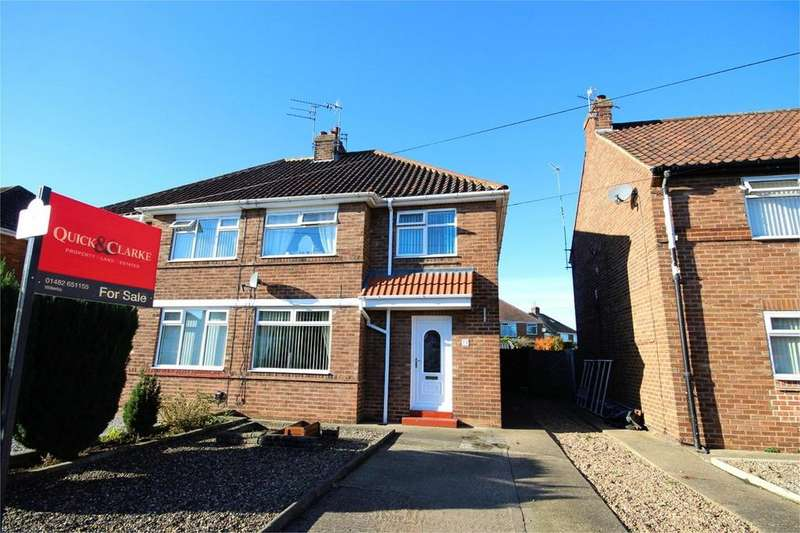 3 Bedrooms Semi Detached House for sale in Rokeby Park, Hull, HU4