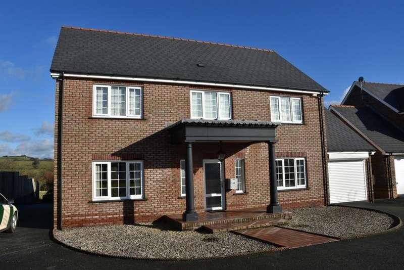 4 Bedrooms Detached House for sale in Parc yr Ynn, Llandysul