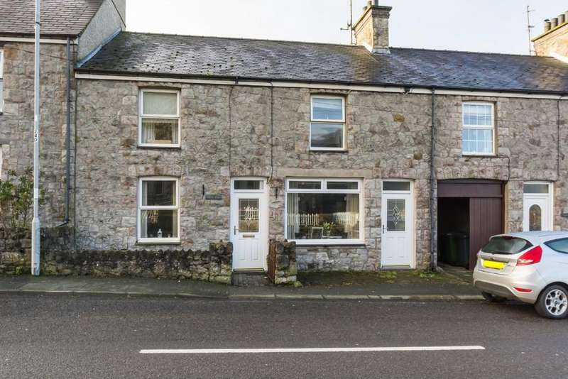 3 Bedrooms Terraced House for sale in Brynsiencyn, Llanfairpwll, North Wales
