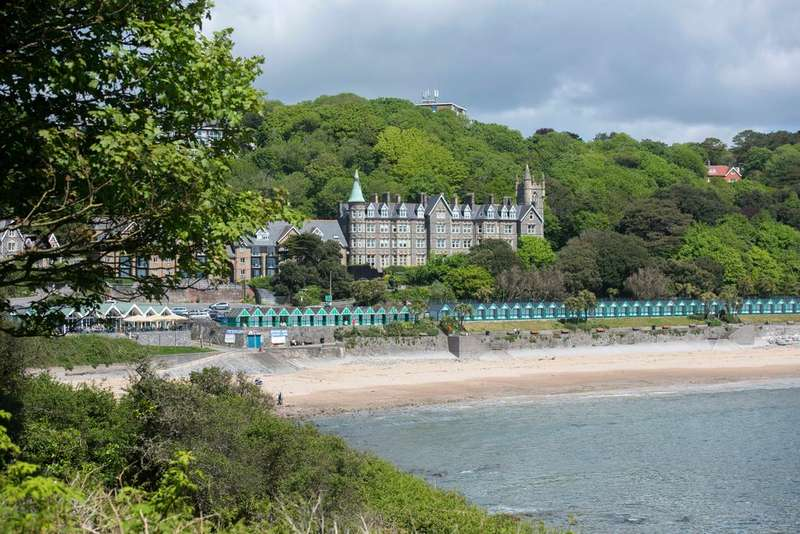 3 Bedrooms Flat for sale in Langland Bay Manor