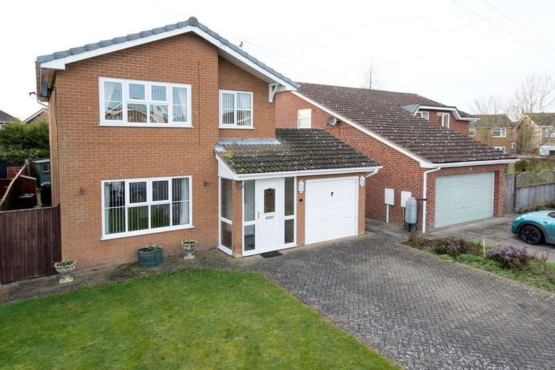 3 Bedrooms Detached House for sale in Windmill Close, Holbeach, PE12