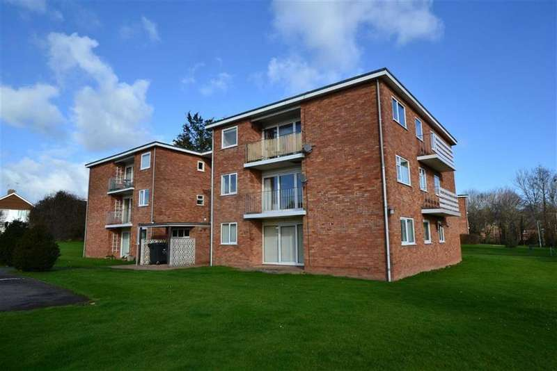 2 Bedrooms Apartment Flat for sale in Wiltshire Close, Galmington, Taunton, Somerset, TA1