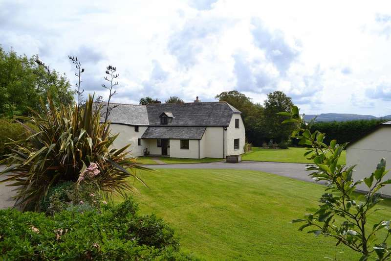 4 Bedrooms Detached House for sale in Lanivet, Bodmin