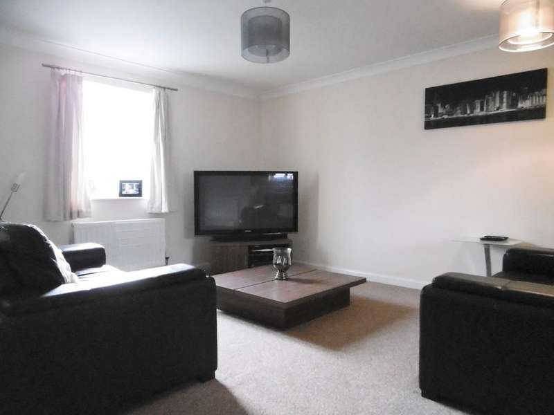 2 Bedrooms Ground Flat for rent in Costessey