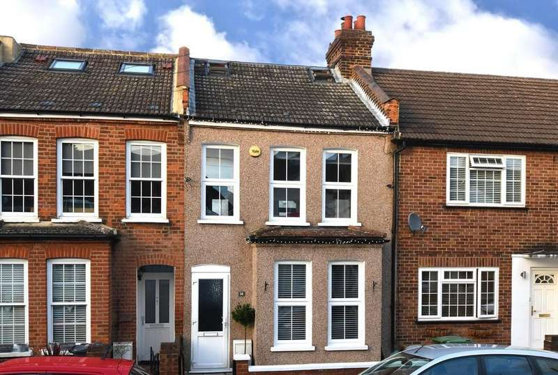 3 Bedrooms Terraced House for sale in Godwin Road, Bromley