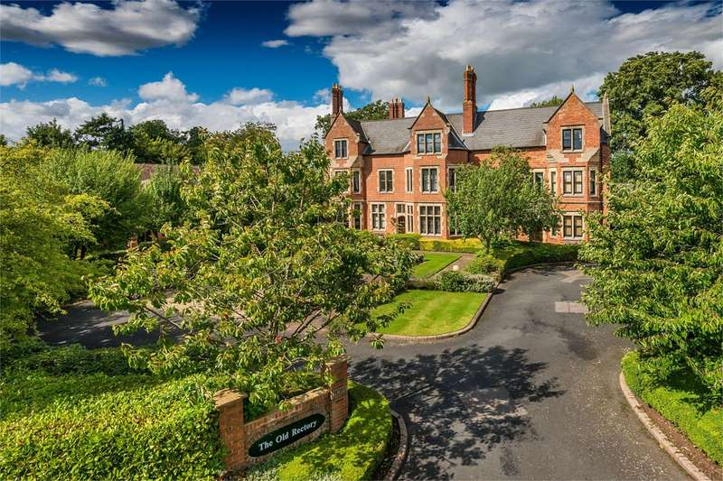 2 Bedrooms Flat for sale in 9 The Old Rectory, Rectory Drive, Weston-under-Lizard, Shifnal, TF11