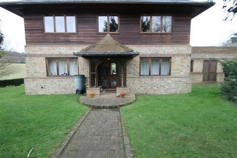 3 Bedrooms Apartment Flat for rent in Court Lodge Flat, Luddesdown Road, DA13