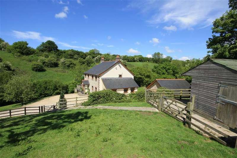 5 Bedrooms Detached House for sale in Llancarfan, Vale Of Glamorgan