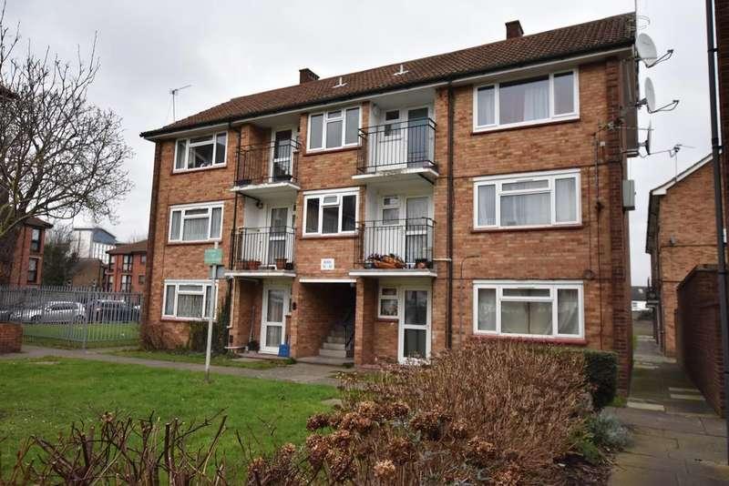 1 Bedroom Flat for sale in Florence Road, Feltham