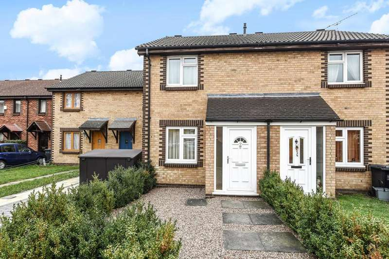 2 Bedrooms Terraced House for sale in Tarragon Close, New Cross