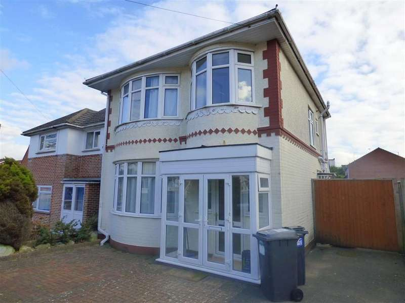 3 Bedrooms Detached House for rent in St Marks Road, Kinson, Bournemouth, Dorset