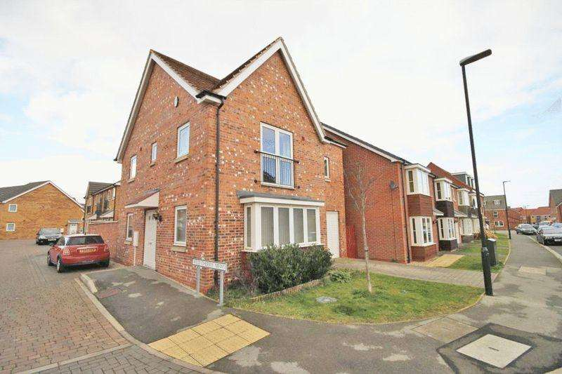 3 Bedrooms Detached House for sale in WILD CHERRY MEWS, GRIMSBY
