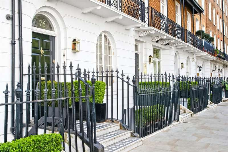 3 Bedrooms Flat for sale in Cadogan Place, London