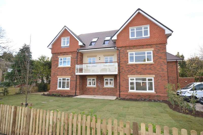 3 Bedrooms Apartment Flat for sale in Copse Road, New Milton