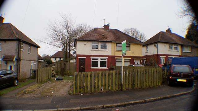 2 Bedrooms Semi Detached House for rent in 2 bedroom semi-detach house for rent in BD9 Malham Avenue