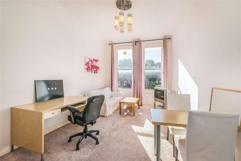 2 Bedrooms Flat for sale in Courtfield Road, South Kensington, London, SW7