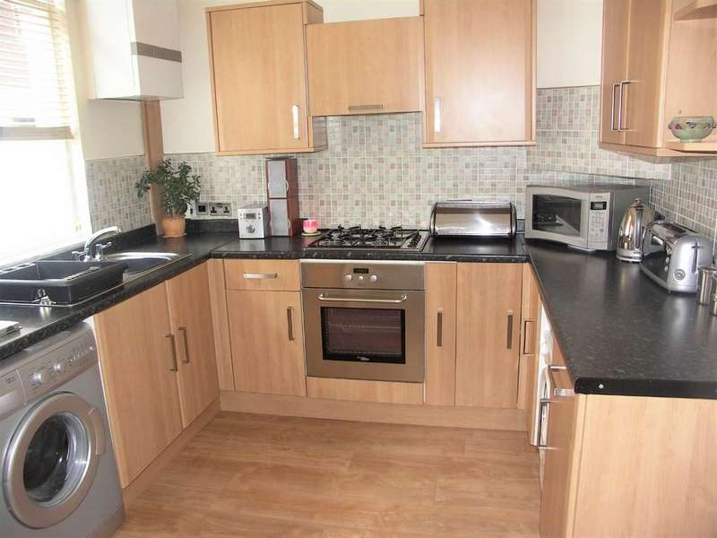 2 Bedrooms Terraced House for sale in Holstein Street, Deepdale, Preston
