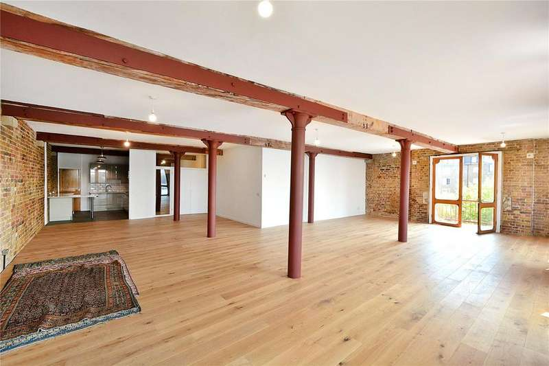 4 Bedrooms Flat for rent in Olivers Wharf, 64 Wapping High Street, London, E1W