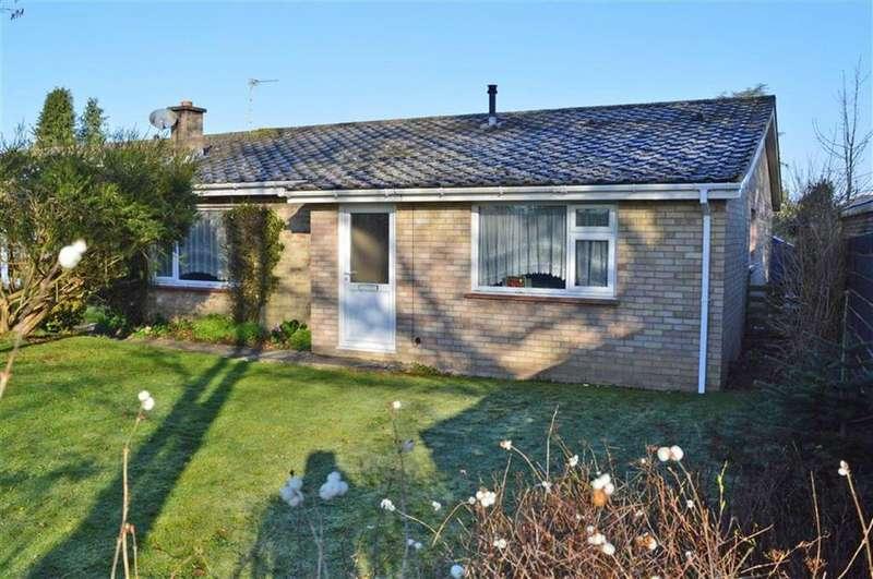 3 Bedrooms Detached Bungalow for sale in Sopwith Crescent, Wimborne, Dorset