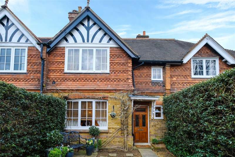 3 Bedrooms Terraced House for sale in St. Georges Road, Weybridge, Surrey, KT13