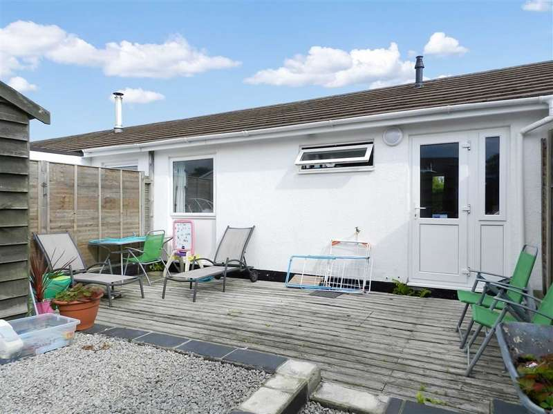 2 Bedrooms Terraced Bungalow for sale in Steeple View Court, Carbis Bay