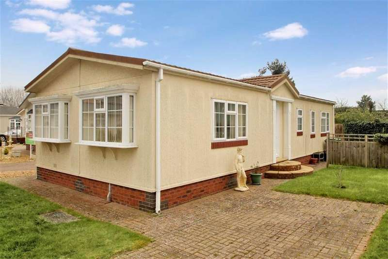 3 Bedrooms Detached Bungalow for sale in Hawkestone Park, Oswestry
