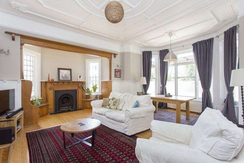 3 Bedrooms Apartment Flat for sale in Stanhope Road, Highgate, N6