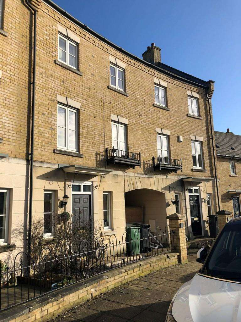 4 Bedrooms Town House for sale in Mary Ruck Way, Black Notley