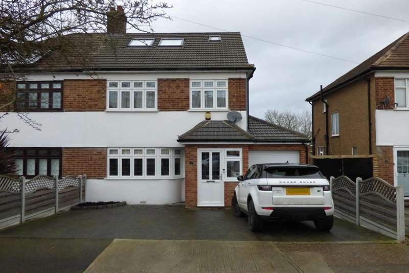 4 Bedrooms Semi Detached House for sale in Aspen Grove, Upminster RM14