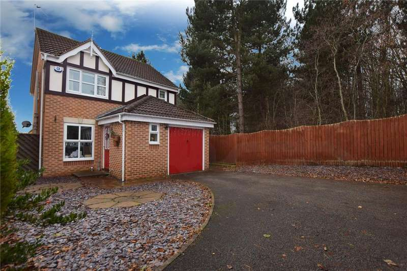 3 Bedrooms Detached House for sale in Lancet Rise, Robin Hood, Wakefield, West Yorkshire, WF3