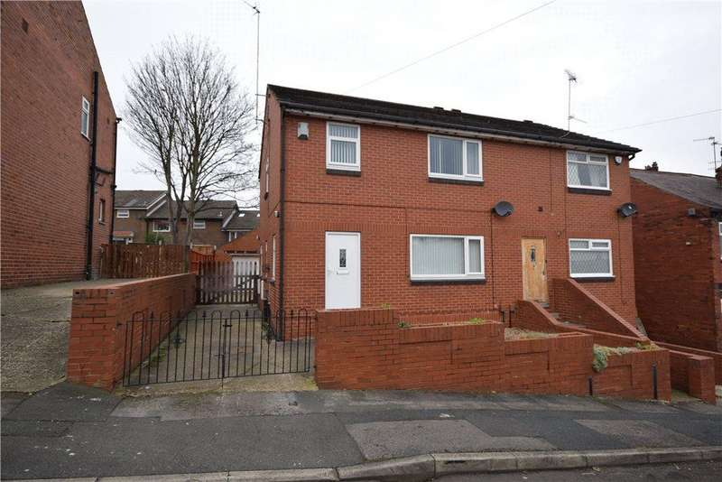 3 Bedrooms Semi Detached House for sale in Aston Road, Leeds, West Yorkshire